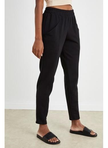 Curly Siyah Dar Paça Jogger Pantolon Siyah